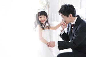 NHK「ニュース7」特集コーナーにて~女の子の夢を叶える撮影会~をご紹介いただきました。